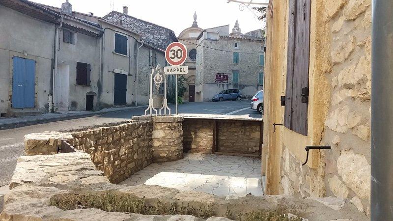 Location maison/villa 5 pièces tavel 30126